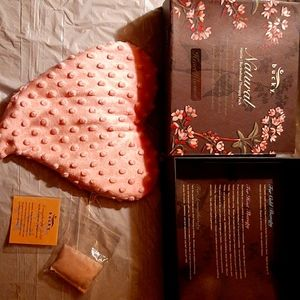 NEW- AROMA THERAPY PACK, COLD & HEAT, HEART-SHAPE